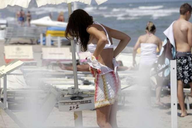 Federica bellezza e stile - Bagno paparazzi milano marittima ...
